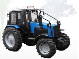 Трактор Беларус Л1221