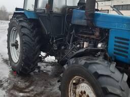 Трактор мтз1221