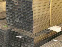 Труба профильная 60*40*2 Хранение на крытом складе.