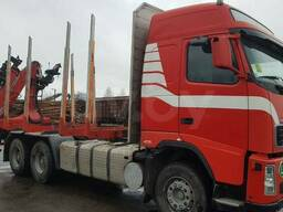 Услуги лесовоза Volvo с манипулятором