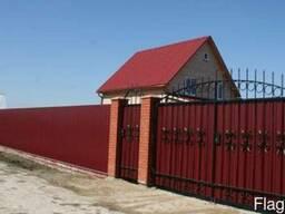 Установка заборов, изготовление калиток, ворот.