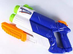 Водяной пистолет. Игрушка