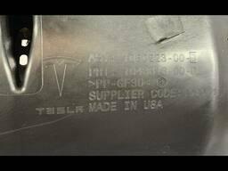 Воздуховод (дефлектор) радиатора верхний Tesla Model X