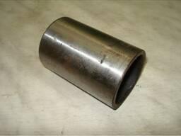 Втулка ушка задней рессоры (гроднамид) МАЗ 200-2912028