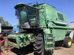 Зерноуборочный комбайн JohnDeere-1550CWS
