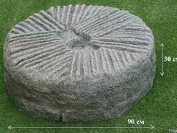 Жёрнов, камень-водопад из декоративной каменной крошки